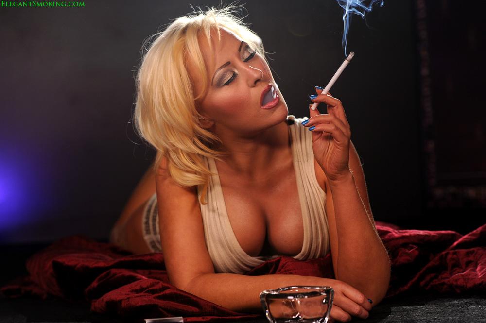 Cigar smoking women fetish
